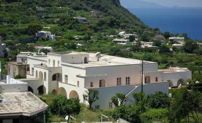 Palazzo Canale, è stato residenza di re e comandanti che di volta in volta si sono stabiliti a Capri tra il 1700 e il 1800