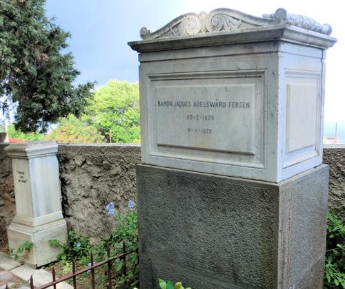 La tomba del barone Jacques Fersen