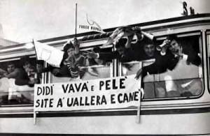 Uno dei tanti significati della parola uallera.... è facile capirlo leggendo questo striscione dei tifosi del Napoli degli anni 60