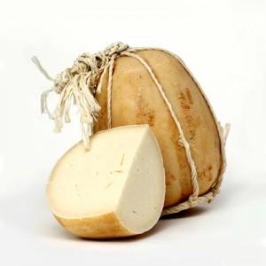 Questo formaggio è tipico di Massalubrense, un paese vicino a Sorrento che guarda verso Capri