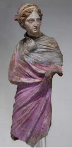 Il filamento derivato dal bisso veniva utilizzato per adornare stoffe pregiate già dall'antichità