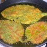 Le foglie si consumano cotte come ripieno di ravioli o sul risotto, oppure, precedentemente sbollentate per eliminare la peluria, fritte in pastella